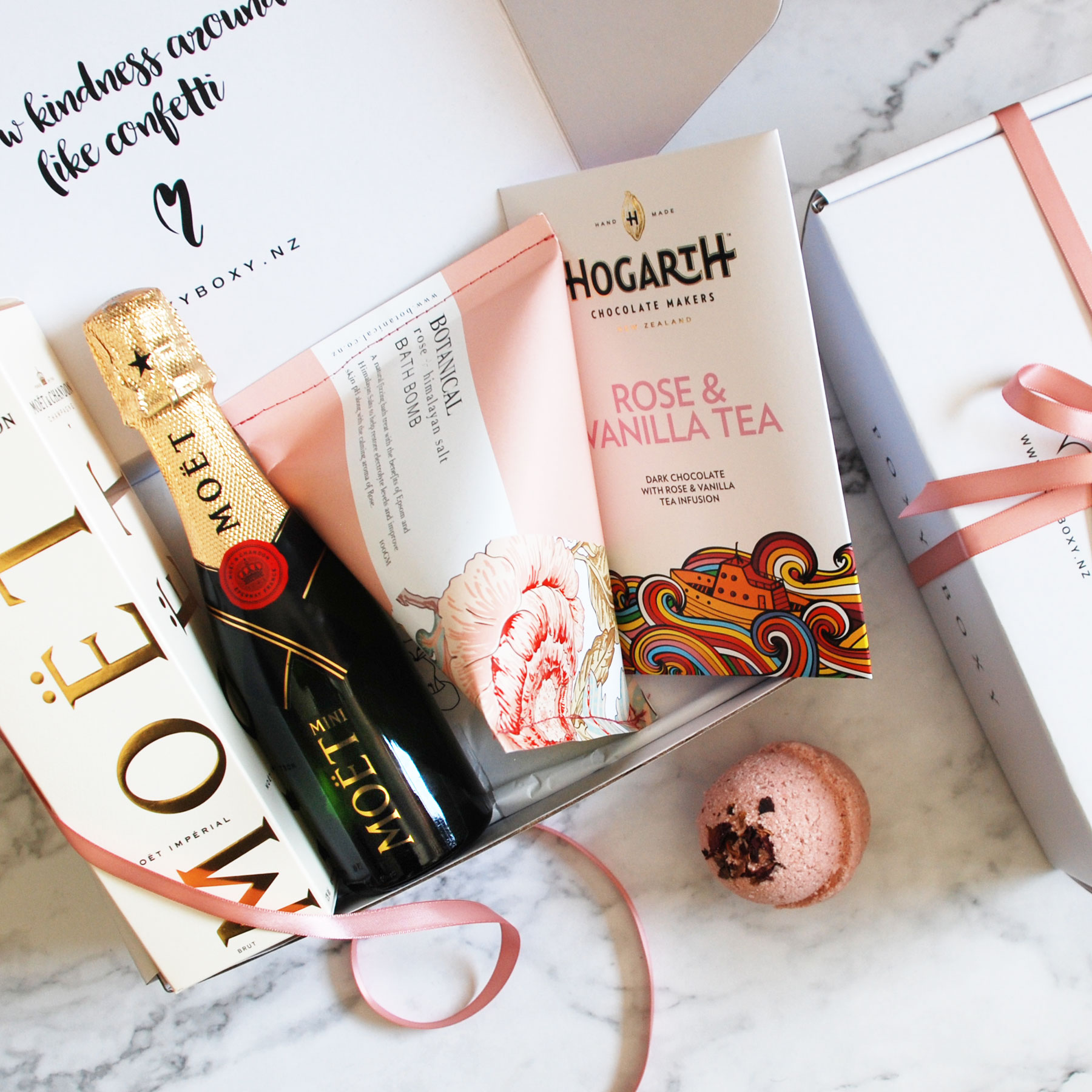 Bridesmaid Gift Box – Olivia